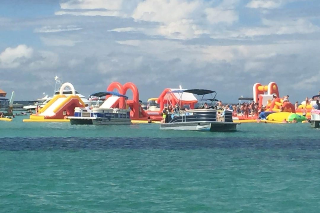 Party On Crab Island